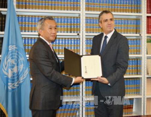 Japan ratifies Paris climate accord