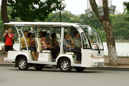 Minibus électriques pour visiter Hanoi