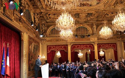 Le président français fête le Nouvel An lunaire asiatique