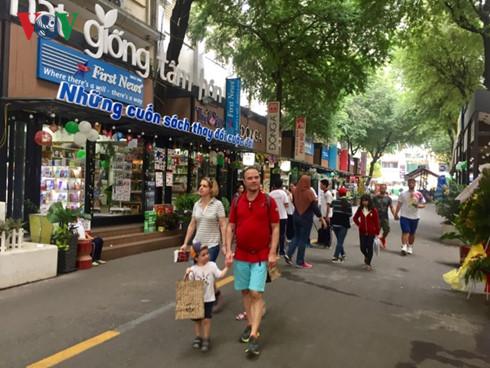 La rue aux livres de Ho Chi Minh-ville