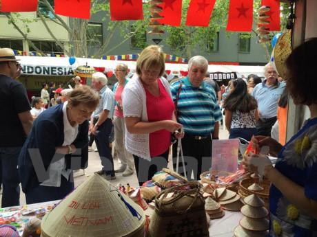 Un village ASEAN à la fête multiculturelle de l'Australie