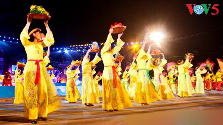 "Festival musik ""Ha Long 2017 yang cemerlang""  mengganti Program Kesenian Karnaval"