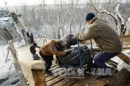 Conflict breaks out in eastern Ukraine