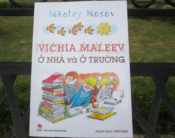 """""""Vichia ở nhà và ở trường"""" ẩn chứa những bài học sâu sắc về giáo dục"""