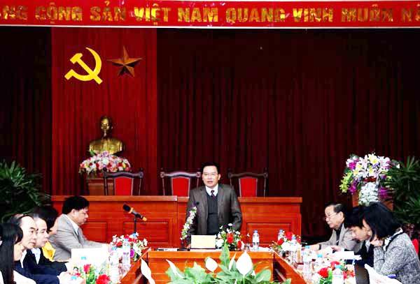 """Người gìn giữ """"hồn Việt"""" giữa trời Tây"""