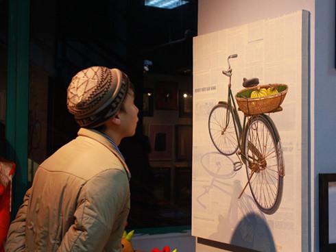 Sống lại thú chơi tranh Tết của người Việt Nam