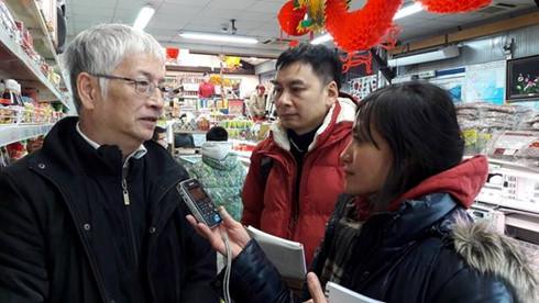 Người Việt ở Pháp nhộn nhịp đến chợ đón Tết
