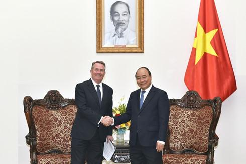 Việt Nam tạo mọi điều kiện thuận lợi cho các nhà đầu tư, doanh nghiệp Anh