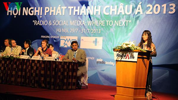 Die Rolle des Radios beim Schutz der Rechte von Minderheitsvölker