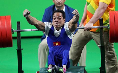 Gewichtheber Le Van Cong und sein Erfolg für den vietnamesischen Sport
