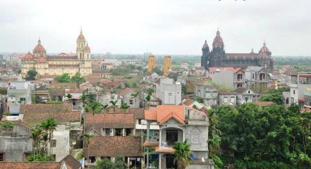 Das Dorf der Tischler Hai Minh reproduziert Antiquitäten