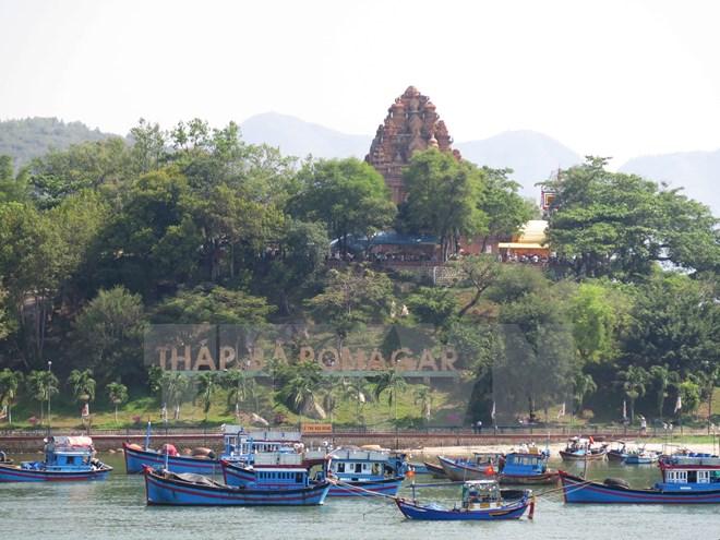 กรมประชาสัมพันธ์ไทยถ่ายทำภาพยนตร์สารคดีในเมืองญาจาง