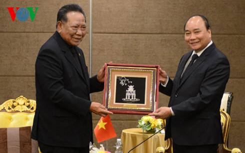 นายกรัฐมนตรี เหงวียนซวนฟุก ให้การต้อนรับนายกสมาคมมิตรภาพไทย-เวียดนาม