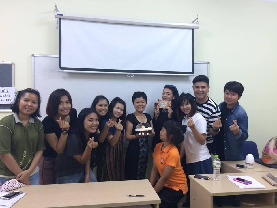 นักศึกษาไทยในกรุงฮานอย