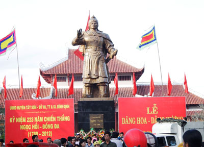 Activities to mark the 223rd anniversary of Ngoc Hoi Dong Da victory