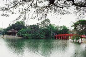 Hà Nội mùa vắng những cơn mưa-Hanoi without rain