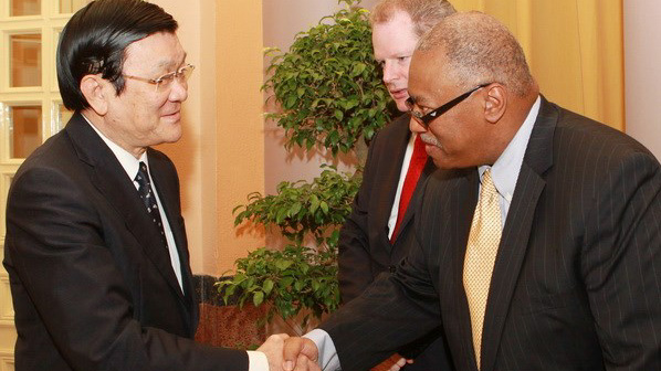 President Truong Tan Sang receives US ExxonMobil representatives
