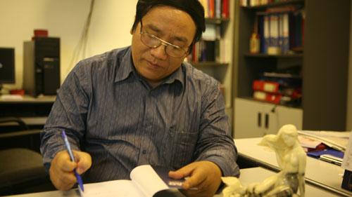 Idle talks with Tran Đang Khoa