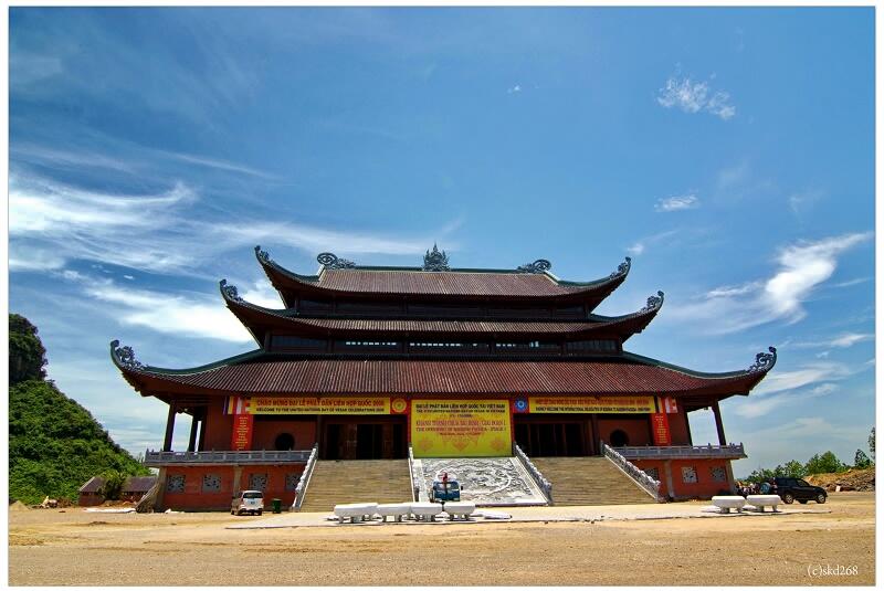 Bai Dinh pagoda- a tourist destination