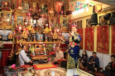 Trance ritual in the worship of the Mother Goddess