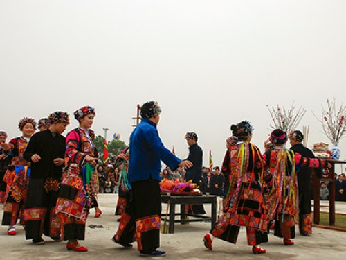Rain praying ritual of the Lo Lo in Ha Giang