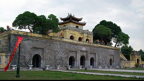 Large-scale architectural traces discovered at Thang Long citadel