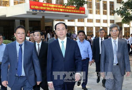 President Tran Dai Quang visits two major national academies