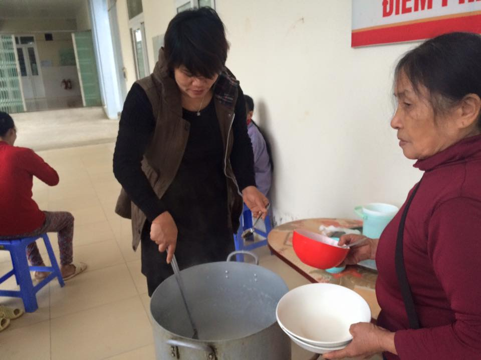 Teacher Nguyen Thi Hien and her wholeheartedness for charitable work