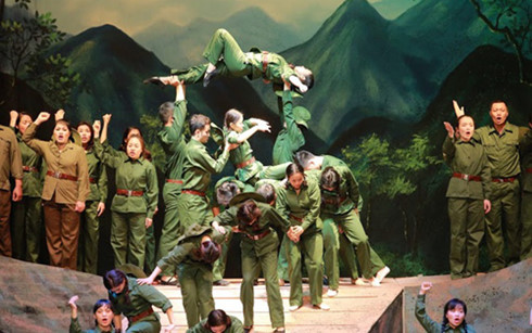 """""""Red Leaf"""" opera, a harmonious fusion of classical and national music"""