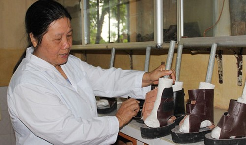 Nguyen Thi Xuan, a devoted nurse at a leprosy hospital