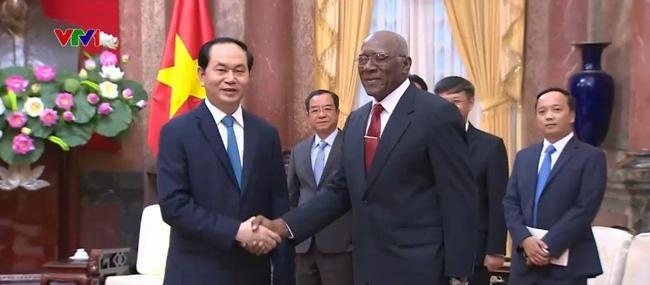 Vietnam enhances ties with Cuba