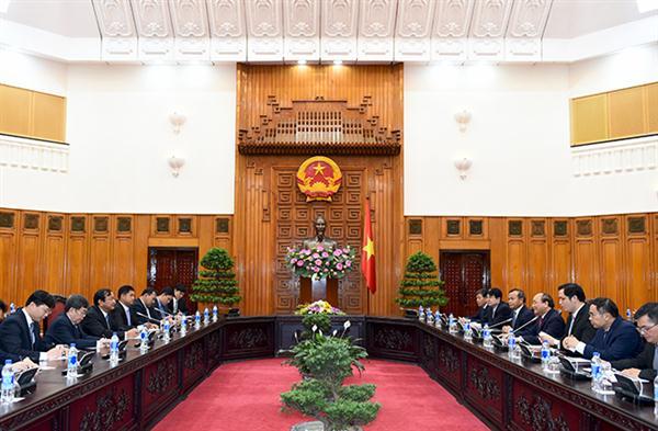 Vietnam, Cambodia strengthen bilateral ties