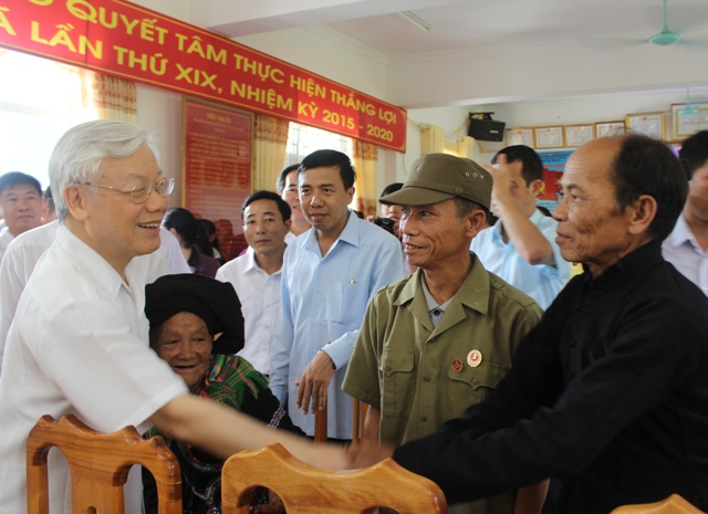 Party General Secretary Nguyen Phu Trong pays working visit to Lai Chau