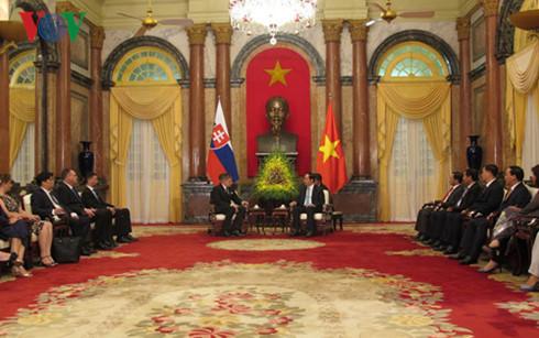 Vietnam-Slovakia's joint statement