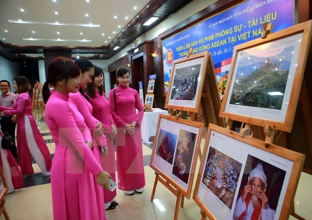 """ASEAN - Cultural Colours"" exhibition opens in Hanoi"