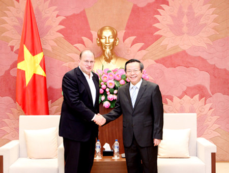NA Vice Chairwoman Phung Quoc Hien receives US-ASEAN Business Council
