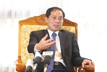 Vietnam pursues its multilateral foreign policy for peace and national independence and sovereignty
