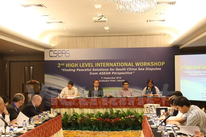 Workshop on peaceful solutions to East Sea disputes opens in Jakarta