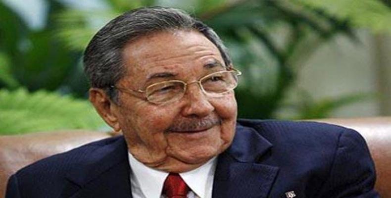 Cuban leader congratulates Vietnam's Independence Day