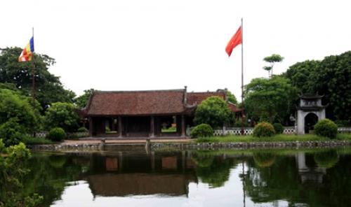 Visiting Keo pagoda in Thai Binh province
