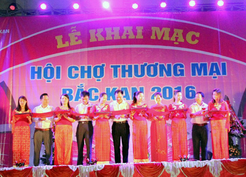 Bac Kan province to promote local business growth