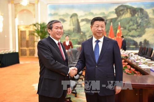 Vietnam, China strengthen ties