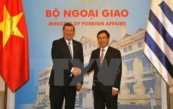 Vietnam, Uruguay to set up a joint committee on trade promotion