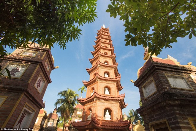 Tran Quoc Pagoda among world's most beautiful pagodas