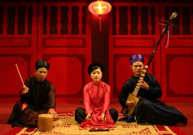 Temple of Literature hosts Ca tru festival