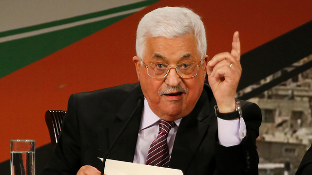 Abbas warns Israel of withdrawing recognition