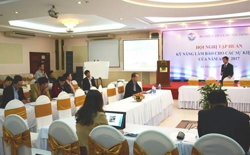 Training course opens for journalists reporting the APEC Year 2017
