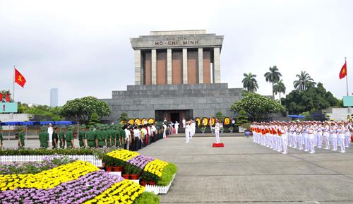 Ho Chi Minh Mausoleum reopens on Dec. 6