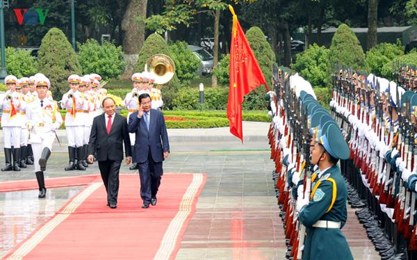 Vietnam, Cambodia strengthen friendship and cooperation