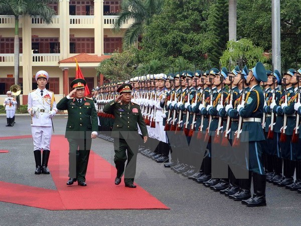 Vietnam, Laos sign defense cooperation plan